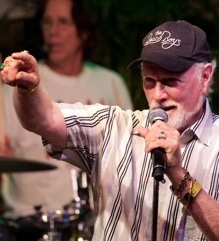 Mike Love h71